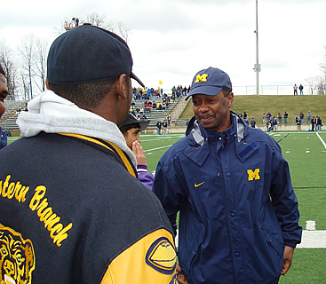 Fred Jackson with recruit Kevin Newsome