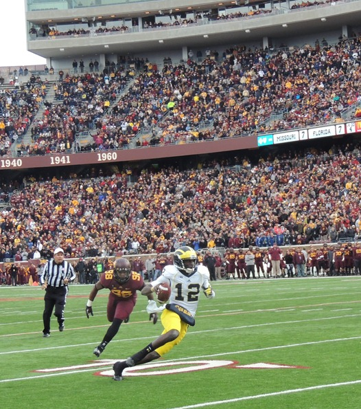 Devin Gardner run and cuts against Minnesota 2012