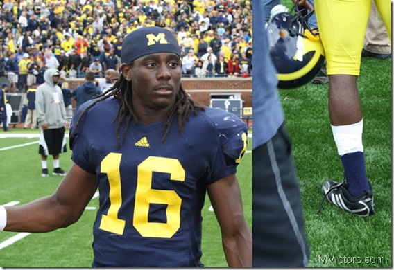 denard_shoelaces_postgame