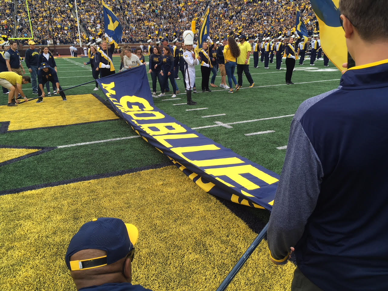The GO BLUE - M CLUB SUPPORTS YOU banner